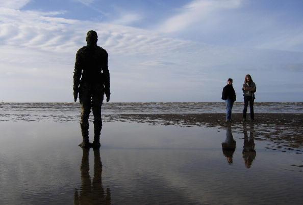 Antony Gormley「Gormley's 'Another Place' Exhibit Wins Reprieve」:写真・画像(5)[壁紙.com]