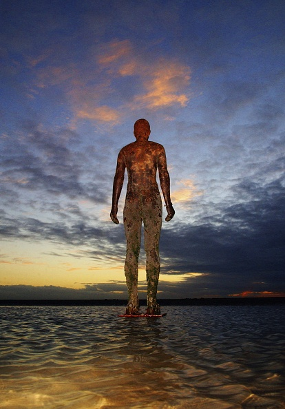 Antony Gormley「Gormley's 'Another Place' Exhibit Wins Reprieve」:写真・画像(6)[壁紙.com]