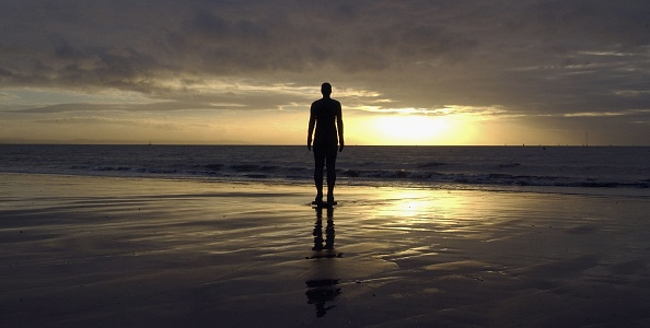 Antony Gormley「Gormley's 'Another Place' Exhibit Wins Reprieve」:写真・画像(4)[壁紙.com]