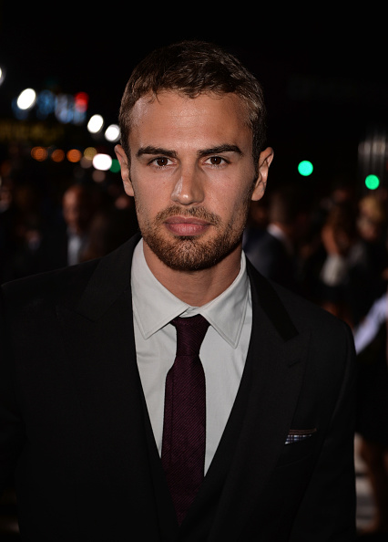 "Westwood Neighborhood - Los Angeles「Premiere Of Summit Entertainment's ""Divergent"" - Red Carpet」:写真・画像(10)[壁紙.com]"
