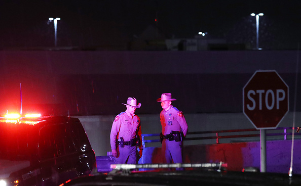 Mass Shooting「Multiple Fatalities In Mass Shooting At Shopping Center In El Paso」:写真・画像(9)[壁紙.com]