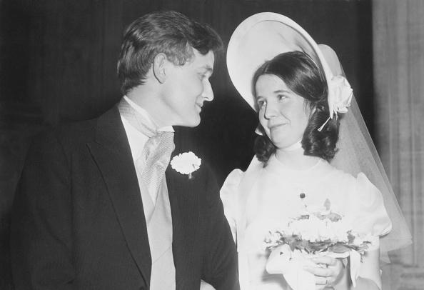 Wedding Dress「Douglas Hogg And Sarah Boyd-Carpenter Marry」:写真・画像(8)[壁紙.com]