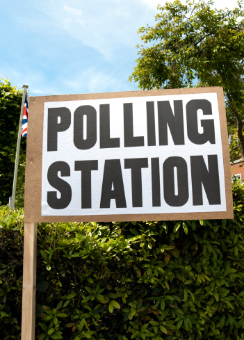 Polling Place「British polling station sign with Union Jack」:スマホ壁紙(5)