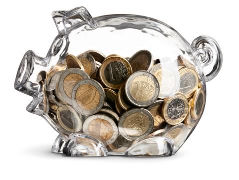 Bank Account「Euro Coins In Nearly Full Clear Savings Piggy Bank」:スマホ壁紙(10)