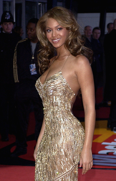 Roberto Cavalli - Designer Label「Brit Awards 2004 Arrivals」:写真・画像(18)[壁紙.com]
