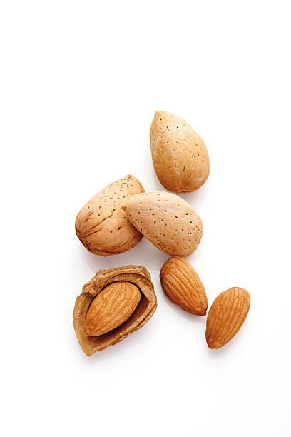 Almonds, elevated view:スマホ壁紙(壁紙.com)