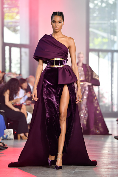 Paris Haute Couture Fashion Week「Elie Saab : Runway - Paris Fashion Week - Haute Couture Fall/Winter 2019/2020」:写真・画像(17)[壁紙.com]