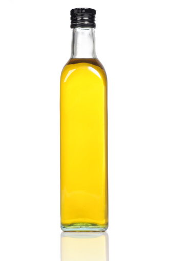 Cooking Oil「Olive Oil Bottle Close-up」:スマホ壁紙(10)