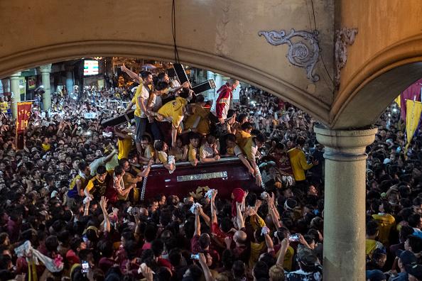 バシリカ「Filipinos Celebrate The Feast Of Black Nazarene」:写真・画像(4)[壁紙.com]