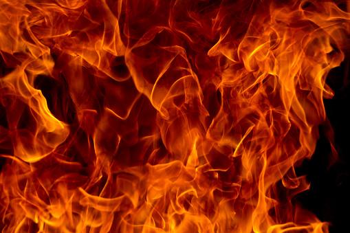 Fireball「Flames」:スマホ壁紙(1)