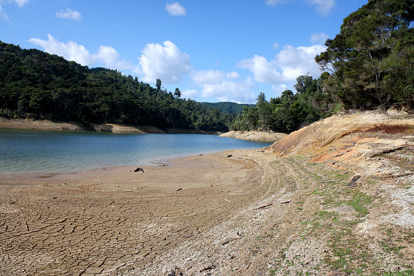Environment「Aucklanders Face Water Restrictions As Dam Levels Drop Below 50 Per Cent」:写真・画像(16)[壁紙.com]
