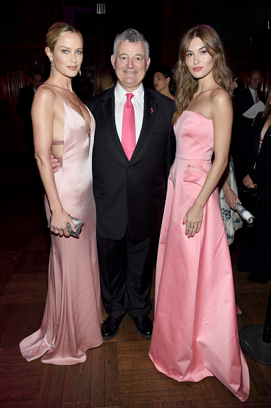 Breast「Breast Cancer Research Foundation Hosts Hot Pink Party - Inside」:写真・画像(2)[壁紙.com]