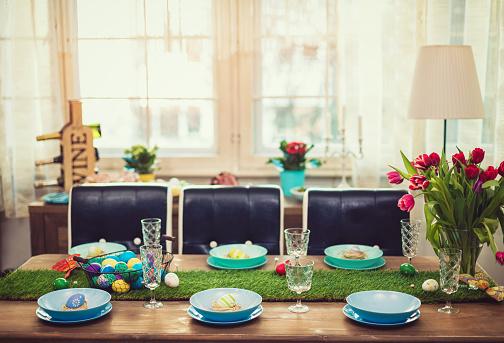 Easter Basket「Decorated Easter Table」:スマホ壁紙(5)
