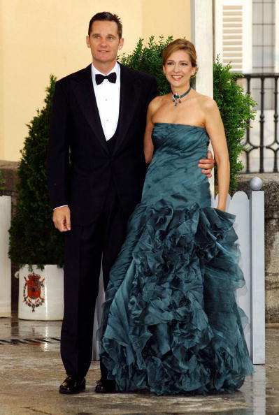 Princess Cristina of Spain「Gala Dinner at El Pardo Palace In Preparation For Royal Wedding」:写真・画像(5)[壁紙.com]