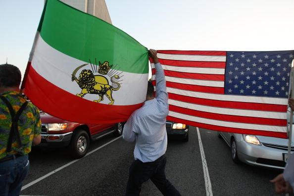 Iran「Iranian-American Protestors Rally In Southern California」:写真・画像(13)[壁紙.com]