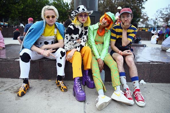 ストリートスナップ「Street Style At Camp Flog Gnaw Carnival 2017」:写真・画像(6)[壁紙.com]
