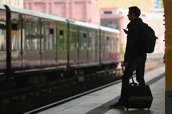 鉄道・列車「GDL Launches One-Week Rail Strike」:写真・画像(18)[壁紙.com]