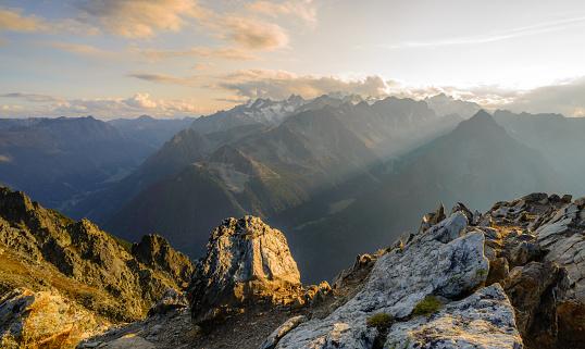 Mountain Peak「Summit sunset in the Swiss alps」:スマホ壁紙(12)