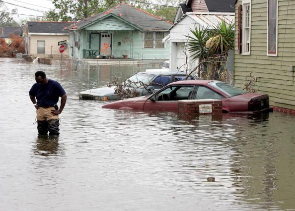水中写真「New Orleans Feels Effects Of Hurricane Rita」:写真・画像(16)[壁紙.com]