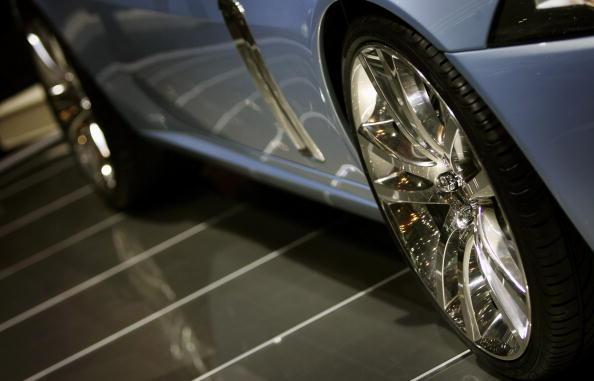 銀色「75th International Geneva Motor Show」:写真・画像(7)[壁紙.com]