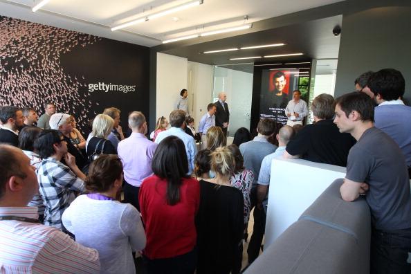 Chris Hondros「Getty Images Staff Observe Remembrance For Colleague Chris Hondros」:写真・画像(17)[壁紙.com]
