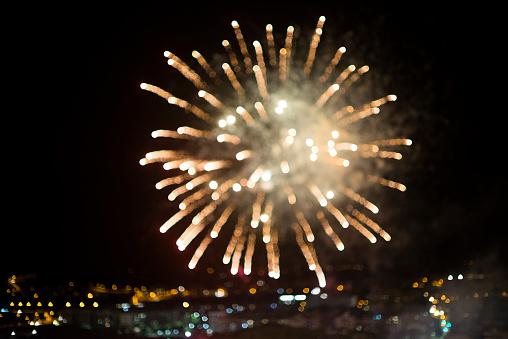 花火「Blurred fireworks」:スマホ壁紙(0)