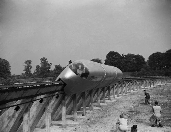 Science and Technology「Monorail Test」:写真・画像(9)[壁紙.com]