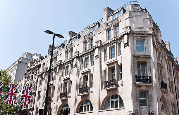 London Architecture Union Jack:  Classic Fassade in Sunny Afternoon:スマホ壁紙(壁紙.com)