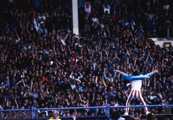Crowd「Jagger At Wembley」:写真・画像(2)[壁紙.com]