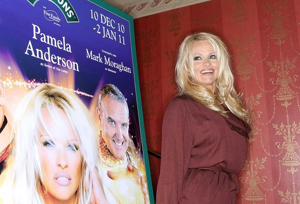 Electric Lamp「Aladdin - Press Briefing With Pamela Anderson」:写真・画像(10)[壁紙.com]