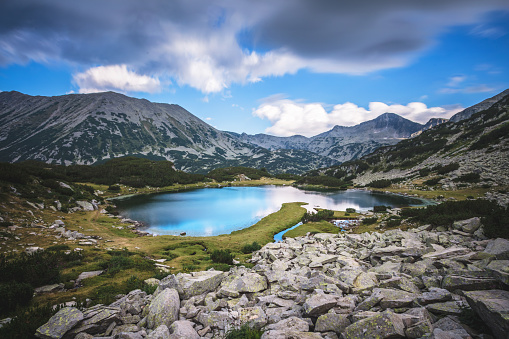 Mountain Ridge「Lake in Pirin mountains」:スマホ壁紙(12)