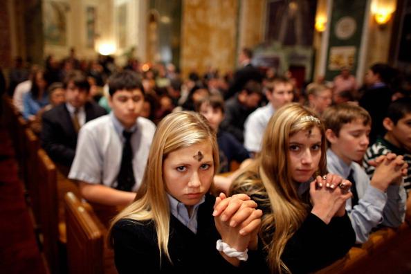 Religion「Catholics Mark The Start Of Lent With Ash Wednesday Mass」:写真・画像(10)[壁紙.com]