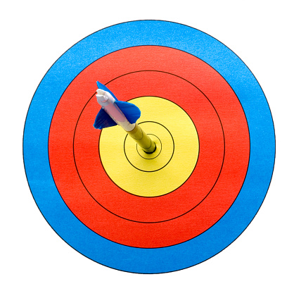 Sports Target「Arrow on target hitting bull's-eye.」:スマホ壁紙(19)