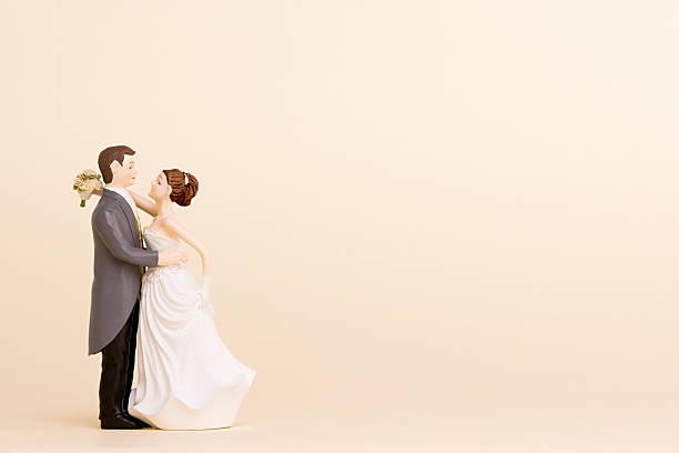Wedding figurines:スマホ壁紙(壁紙.com)
