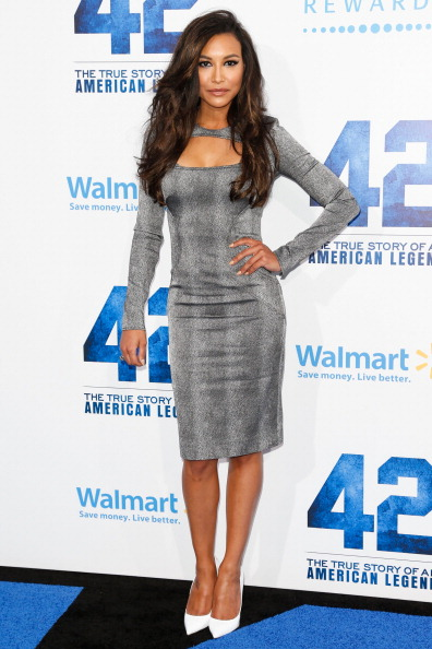"""Form Fitted Dress「Premiere Of Warner Bros. Pictures' And Legendary Pictures' """"42"""" - Arrivals」:写真・画像(5)[壁紙.com]"""