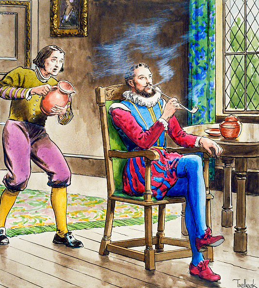 リラクゼーション「Sir Walter Raleigh Smoking A Pipe (circa 1900)」:写真・画像(16)[壁紙.com]