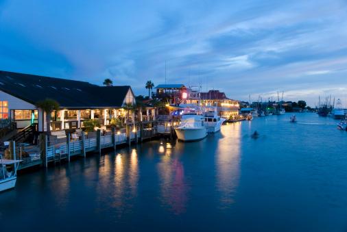 Charleston - South Carolina「Marina at night」:スマホ壁紙(17)
