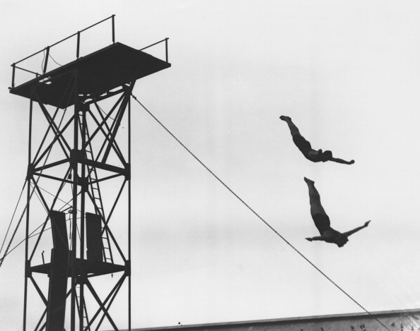 Diving Into Water「Olympic Diving」:写真・画像(11)[壁紙.com]