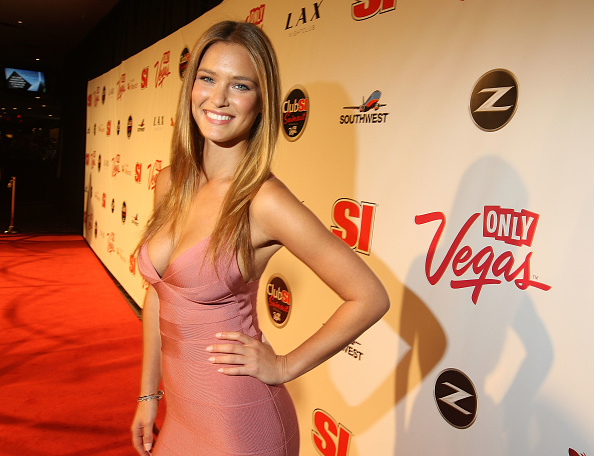 Eyeliner「Sports Illustrated Swimsuit Party At LAX In Las Vegas」:写真・画像(5)[壁紙.com]