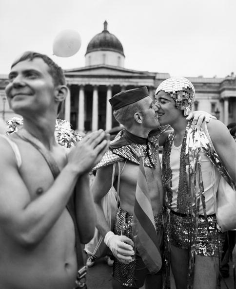 Homosexual Couple「Gay Pride」:写真・画像(15)[壁紙.com]