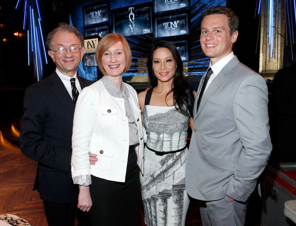 Executive Director「The 2014 Tony Awards Nominations Ceremony」:写真・画像(16)[壁紙.com]