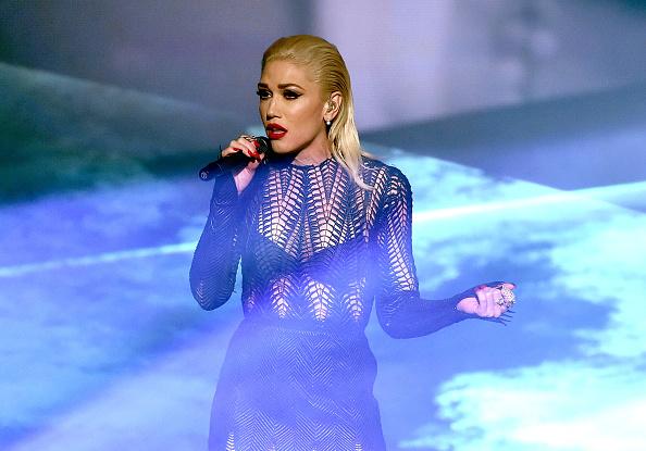 グウェン・ステファニー「2015 American Music Awards - Show」:写真・画像(5)[壁紙.com]