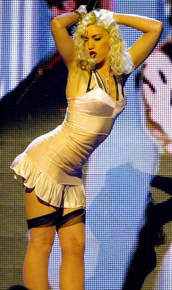 MGM Grand Garden Arena「The 2003 BillBoard Music Awards - Show」:写真・画像(6)[壁紙.com]