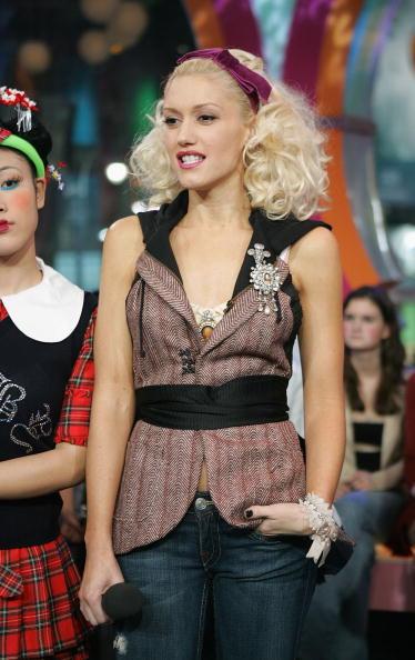 Shirt「MTV TRL With Gwen Stefani」:写真・画像(10)[壁紙.com]