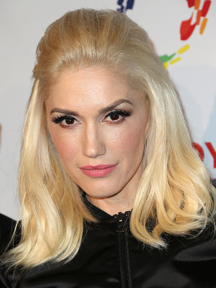 Gwen Stefani「An Evening With Women Benefiting The Los Angeles LGBT Center - Arrivals」:写真・画像(11)[壁紙.com]