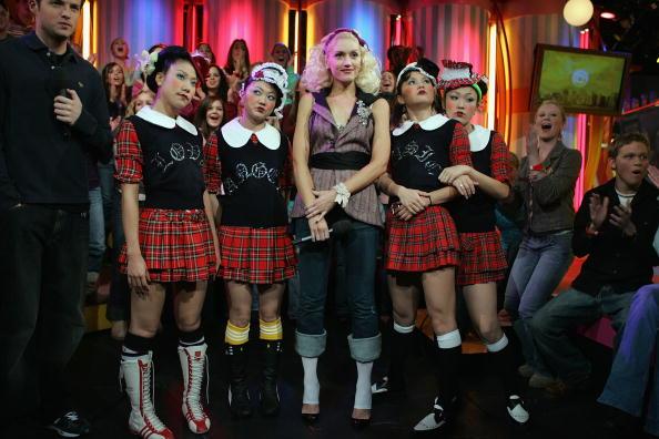 Shirt「MTV TRL With Gwen Stefani」:写真・画像(11)[壁紙.com]