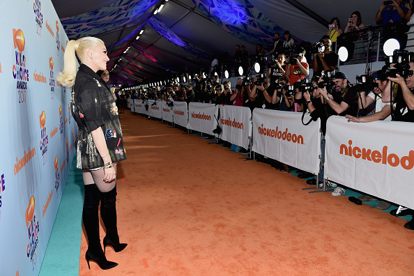 Gwen Stefani「Nickelodeon's 2017 Kids' Choice Awards - Red Carpet」:写真・画像(13)[壁紙.com]