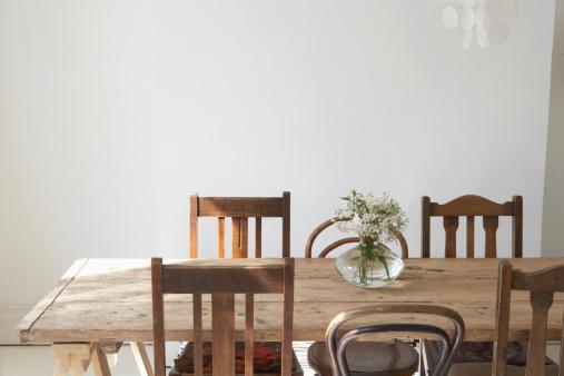 Floral「Empty dining room」:スマホ壁紙(1)