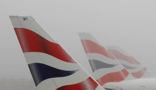 Heathrow Airport「Fog Covers London」:写真・画像(17)[壁紙.com]