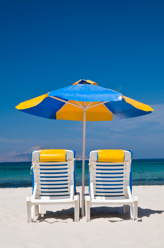 Beach Umbrella「sunshade and two chairs at beach」:スマホ壁紙(15)